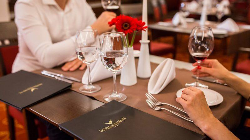 Viešbučio restorane svarbiausia – sotus ir laimingas svečias